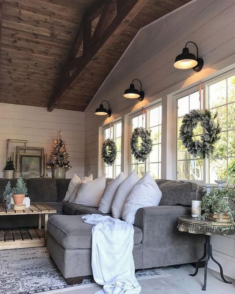 62+ Lovely Rug For Farmhouse Living Room Decorating Ideas