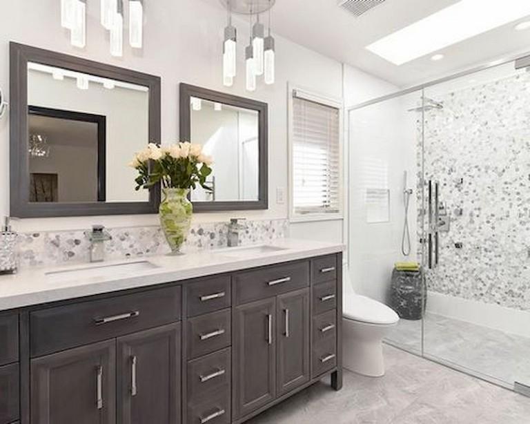 47+ Luxury Small Farmhouse Bathroom Decor Ideas and ...